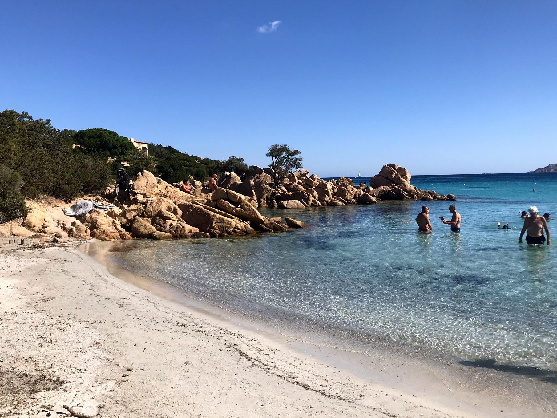 La-Spiaggia-Capriccioli-Est_3